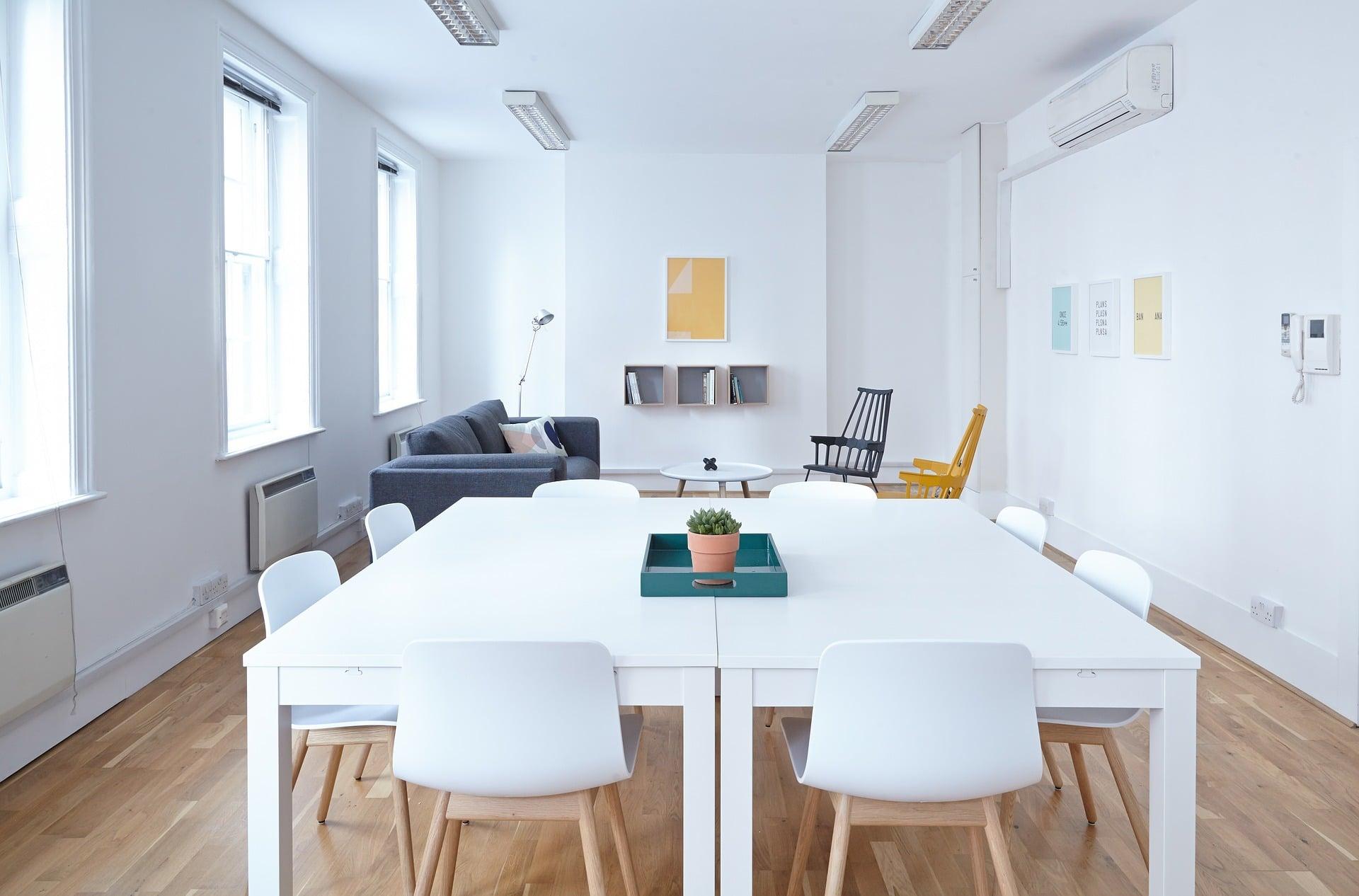 Mesa de oficina personalizada