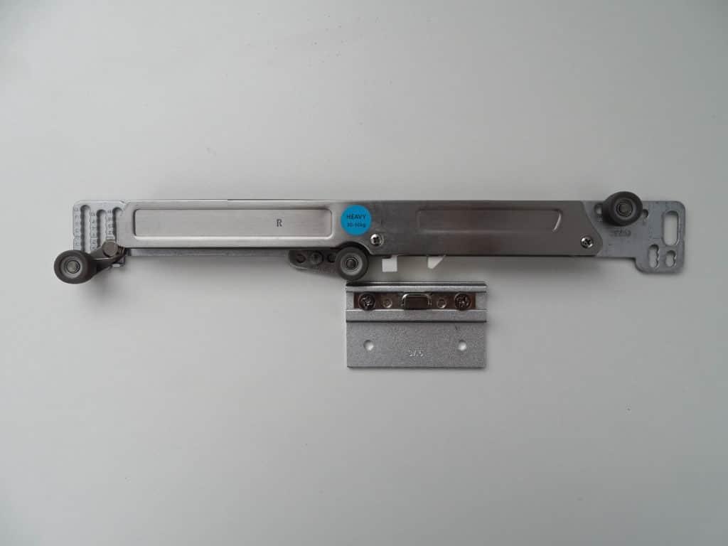 Amortiguador de gas para puertas correderas de armario