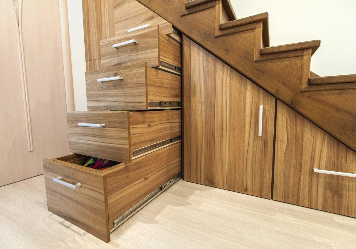 Meuble sous escalier sur mesure Tikimob